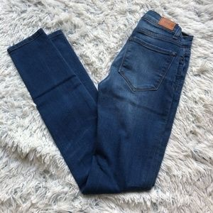 Urban Outfitters BDG High Cigarette Ankle Jeans